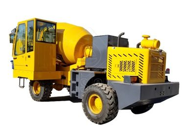 Diesel Industrial Self Loading Concrete Mixer Heavy Duty 2900L Drum Capacity