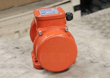 Three Phase Horizontal External Concrete Vibrator 0.07kw Power With Aluminum Shell