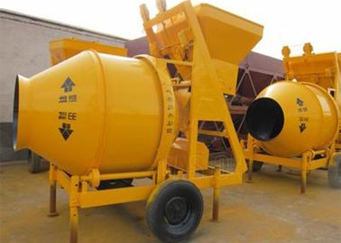 6 - 8m3/H Capacity Self Loading Concrete Mixer With Electric Engine CE Certification